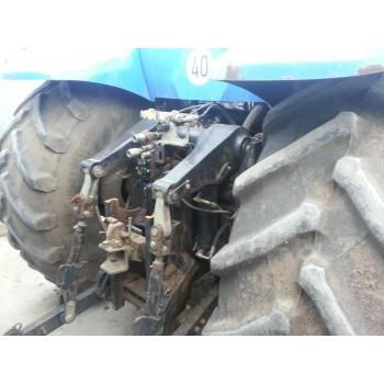 Трактор New Holland T8030